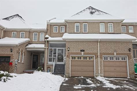 104 Albright Rd, Brampton, Ontario, For Sale by RIAZ AHMED