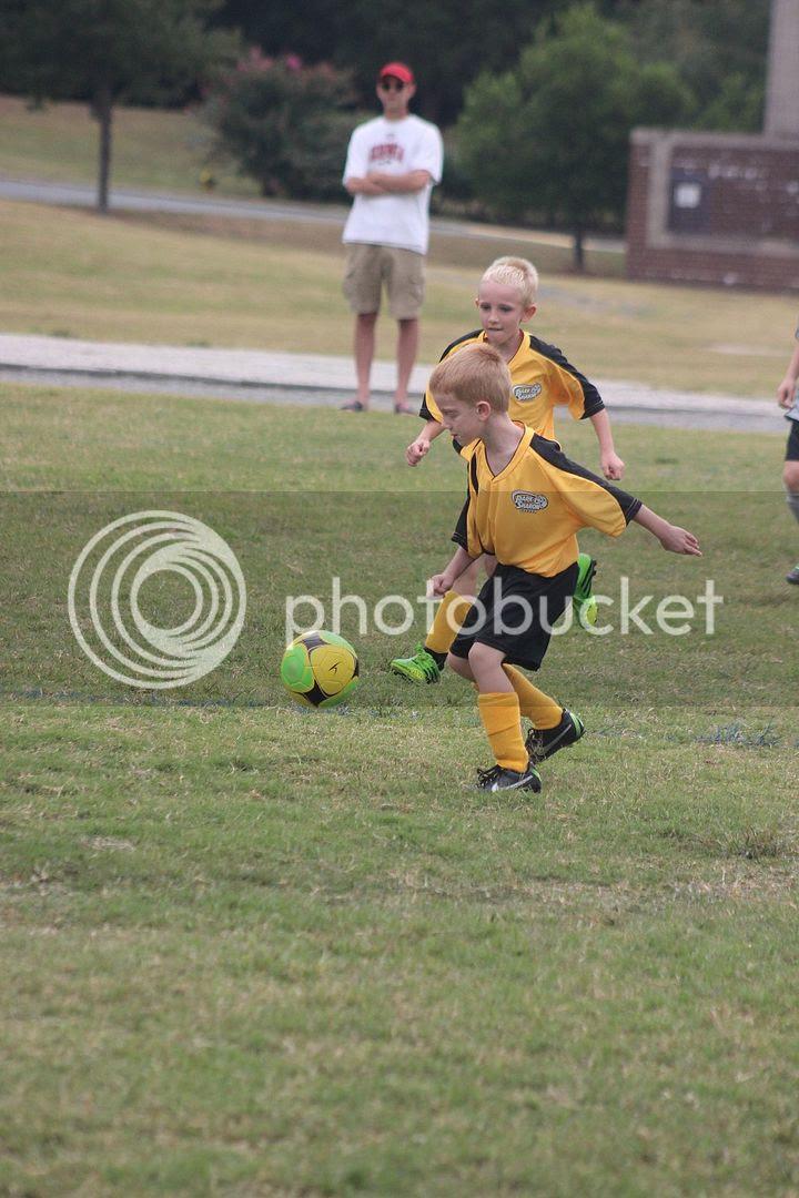 photo soccer19_zpsa2656b74.jpg