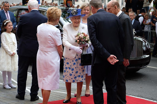 Queen and Philip mark 150th anniversary of confederation at Canada House • The Crown Chronicles