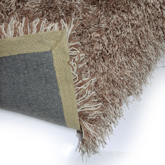 Inexpensive Rugs suitable for student accommodation?