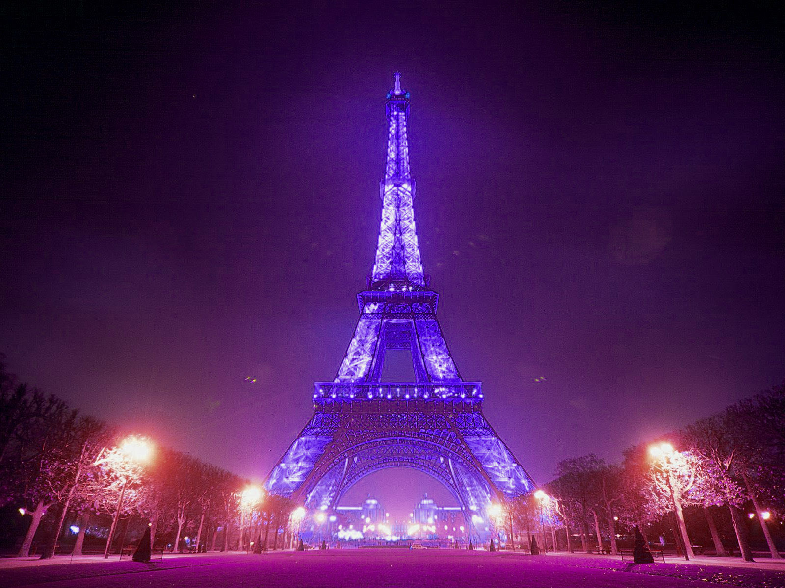 Eiffel Tower Wallpaper Free HD Backgrounds Images Pictures