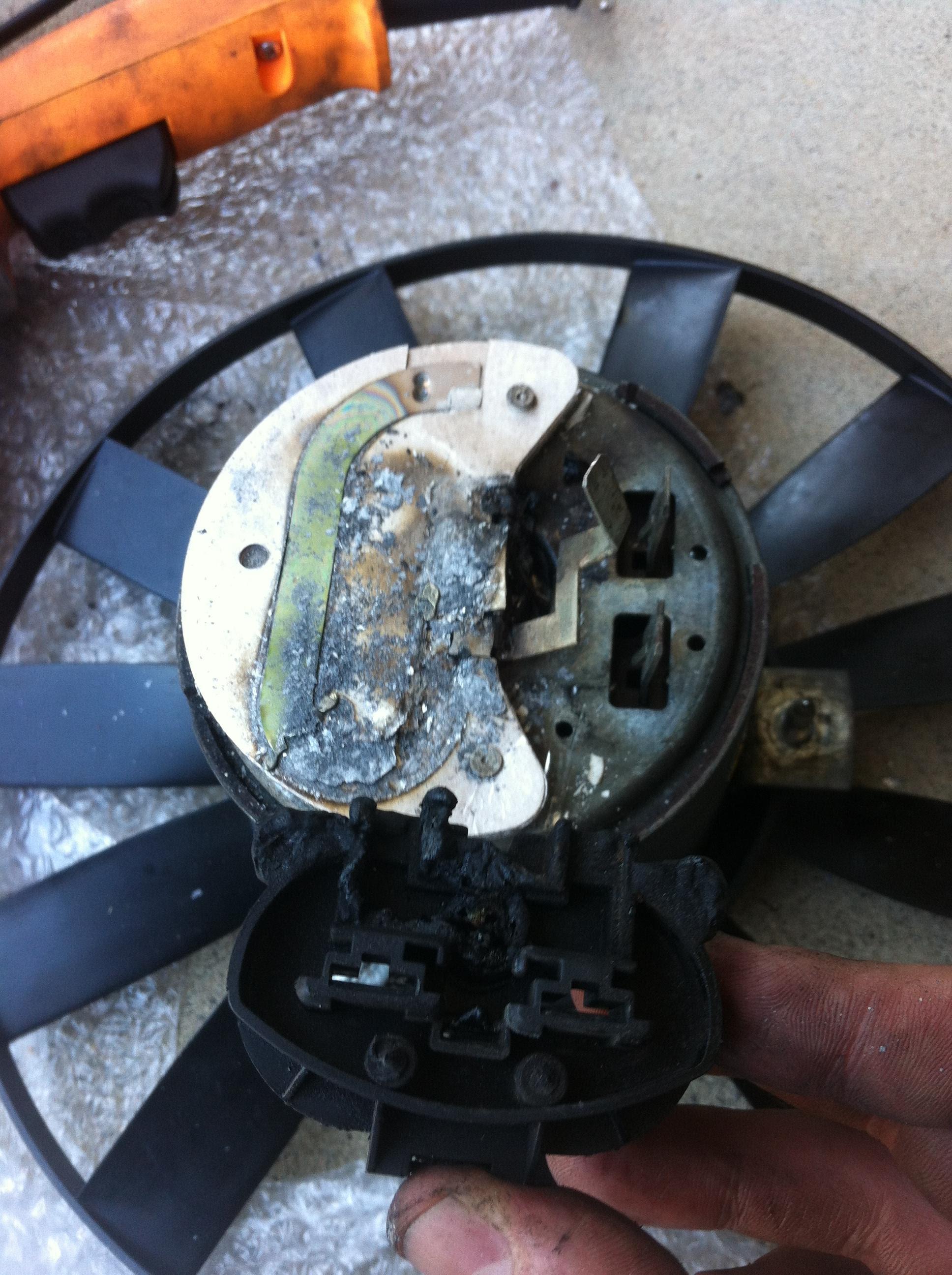 Audi A3 8p Fan Control Module