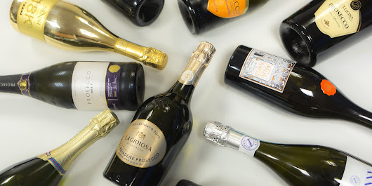 Christmas taste test: Prosecco under £10
