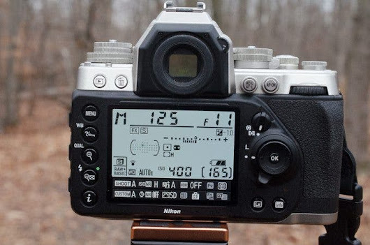Reasons to Stick to Your DSLR Over Mirrorless Camera - The Phoblographer