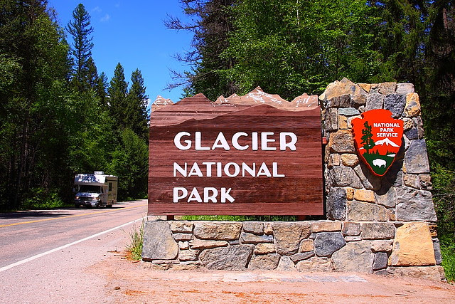 IMG_2304 Entrance Sign from West Glacier