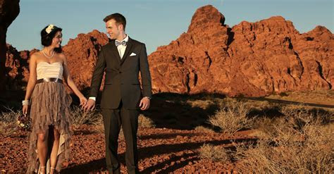 12 Tips for a Valley of Fire Wedding in Las Vegas   Bacon