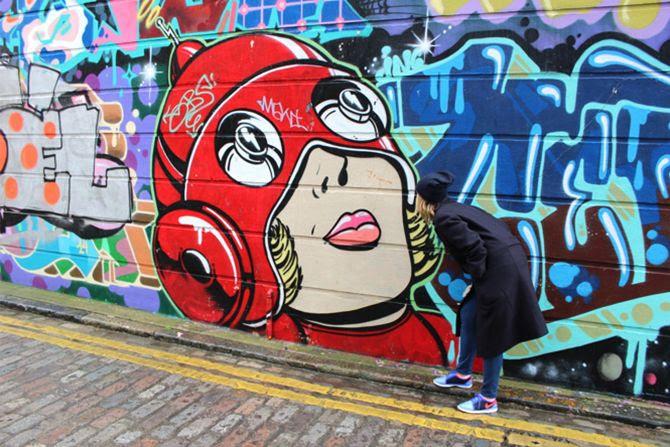 photo 11-brick lane street art look andotherstories_zpsxryoil49.jpg