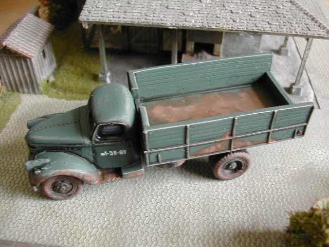 Moonlite Modelwerks 1941 Chevrolet stake truck
