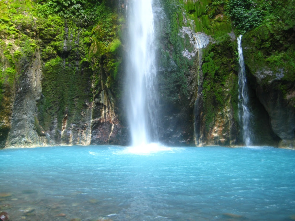 Tempat Wisata: Most Beautiful Waterfalls In Indonesia