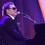 Top 10 Ronnie Milsap Songs - The Boot