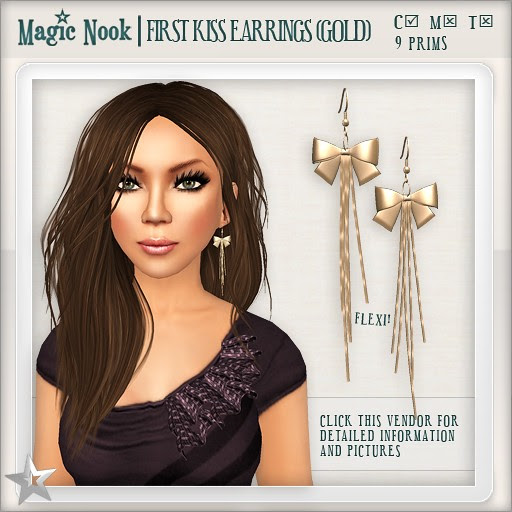 [MAGIC NOOK] First Kiss Earrings (Gold)