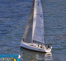 J/111 sailing double-handed farallones race