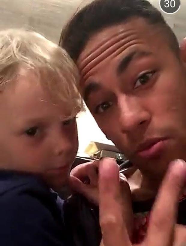 Neymar e o filho, Davi Lucca (Foto: Reprodução/Snapchat)