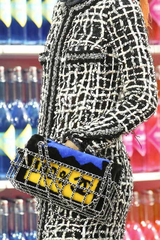 photo la-modella-mafia-Chanel-Fall-2014-runway-5_zps6cf3bd76.jpg