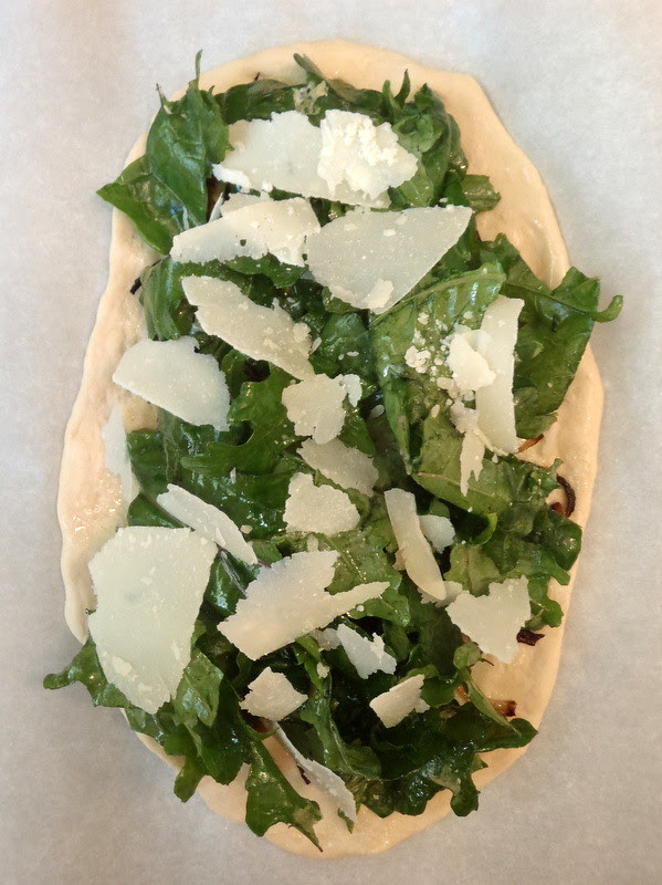 Crispy Kale and Onion Pizza
