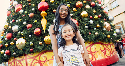Celebrate the Holidays Like This at Universal Orlando Resort - Close Up