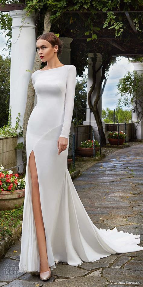 Best 25  Slit Wedding Dress ideas on Pinterest   Sexy