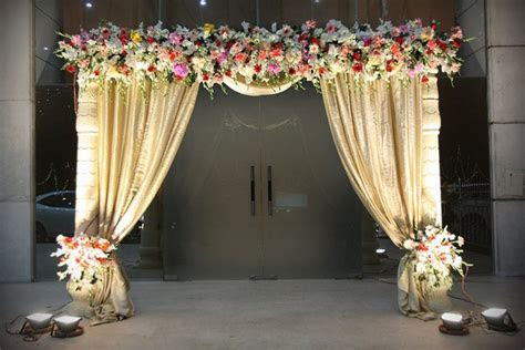Entrance Gate Decoration Cake Ideas and Designs