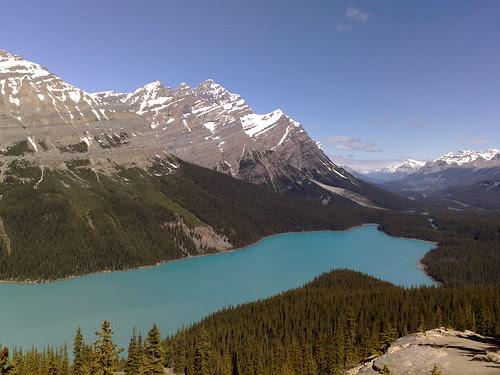 Banff - Lake that looks like a Fox (N82)