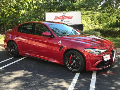 New 2017 Alfa Romeo Giulia Quadrifoglio