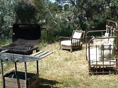 BBQ et fauteuils.jpg