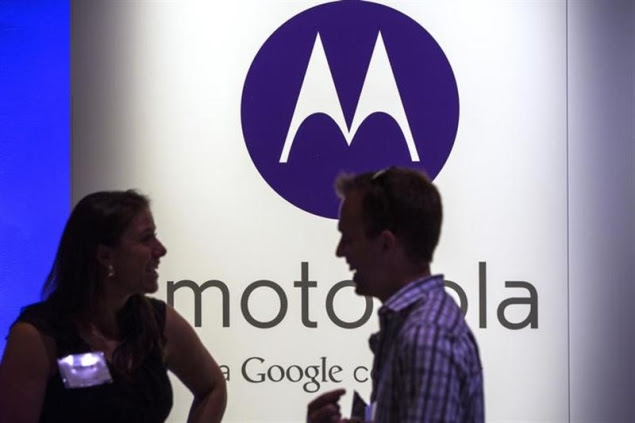 motorola-logo-with-people-635.jpg