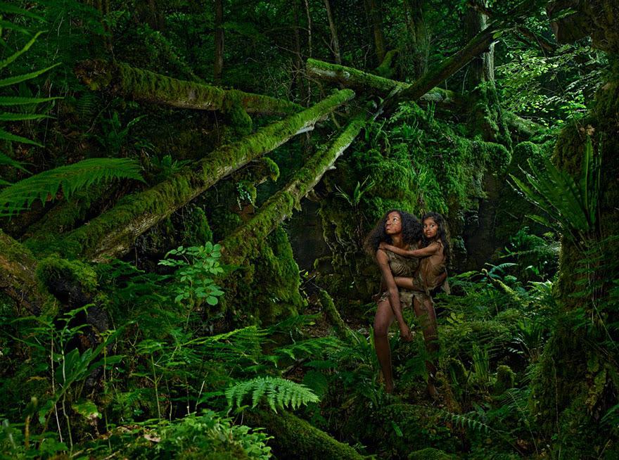 feral-children-wild-animals-photos-fullerton-batten-11