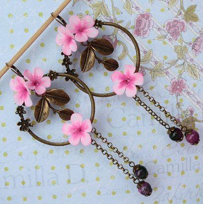 Серьги `Plum flower`. Яркие и крупные серьги с цветами сливы из полимерной глины.    Украшение из новой коллекции 100% Pure Spring в единственном экземпляре, ПРОДАНО, повтору не подлежит.