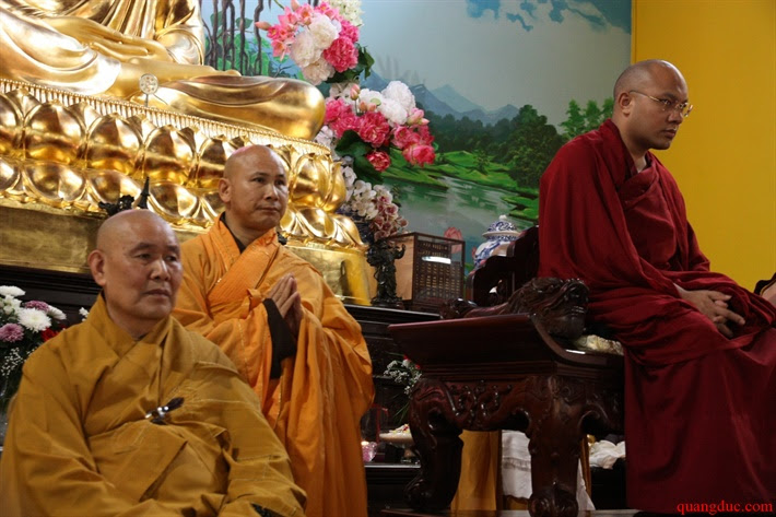Duc Karmapa vieng tham Chua Khanh Anh (122)
