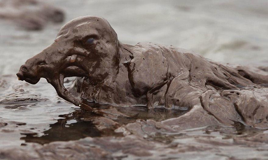 diaforetiko.gr : environmental problems pollution  880 22 Σπαρακτικές εικόνες του πλανήτη που θα σε κάνουν να ξανασκεφτείς που πετάς τα σκουπίδια σου.