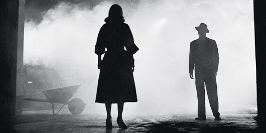 Hear 4+ Hours of Jazz Noir: A Soundtrack for Strolling Under Street Lights on Foggy Nights
