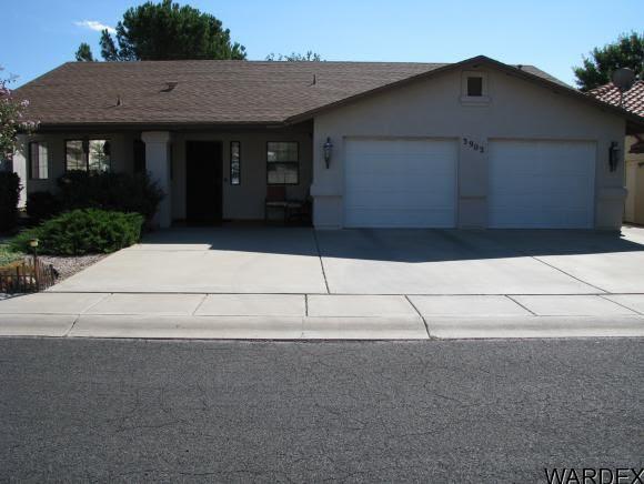 3902 Lindsey Ave, Kingman, AZ 86409  Home For Sale and Real Estate Listing  realtor.com®