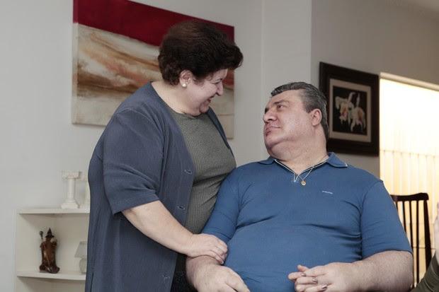 Gerson Brenner e a mulher Marta Mendonça (Foto: Divulgação/Revista Conta Mais)