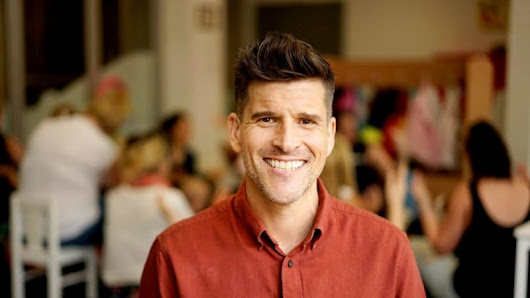 'People think you are being rude': Osher Günsberg reveals hearing loss