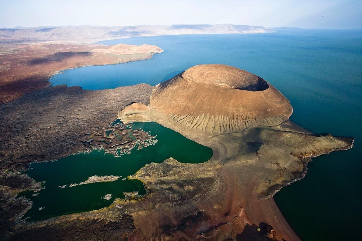Le Naboiyaton en bordure du lac Turkana - photo Michael Poliza, National Geographic Creative