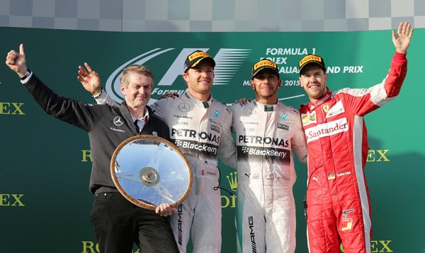 Hamilton vence fácil na Austrália e Nasr faz melhor estreia de um brasileiro