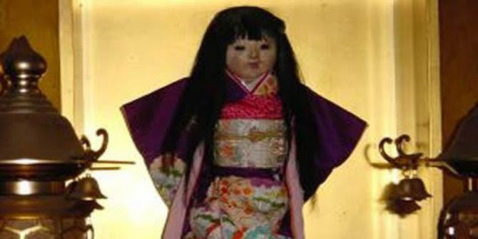 Boneka Hantu