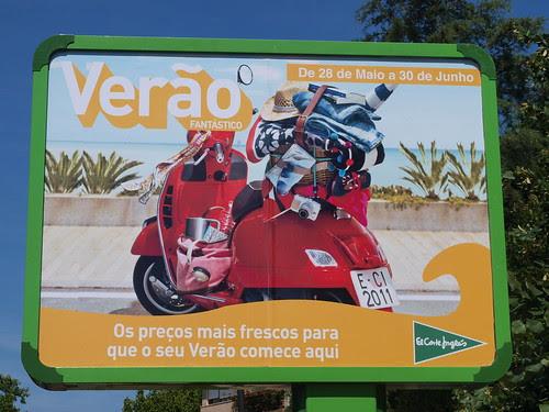 Vespa GTS ad