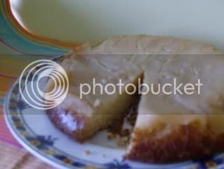 Bolo de peras caramelizado