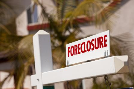Foreclosure activity drops to 12-year-low in 2017