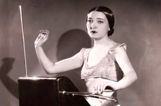 Meet Clara Rockmore, the Pioneering Electronic Musician Who First Rocked the Theremin in the Early 1920s