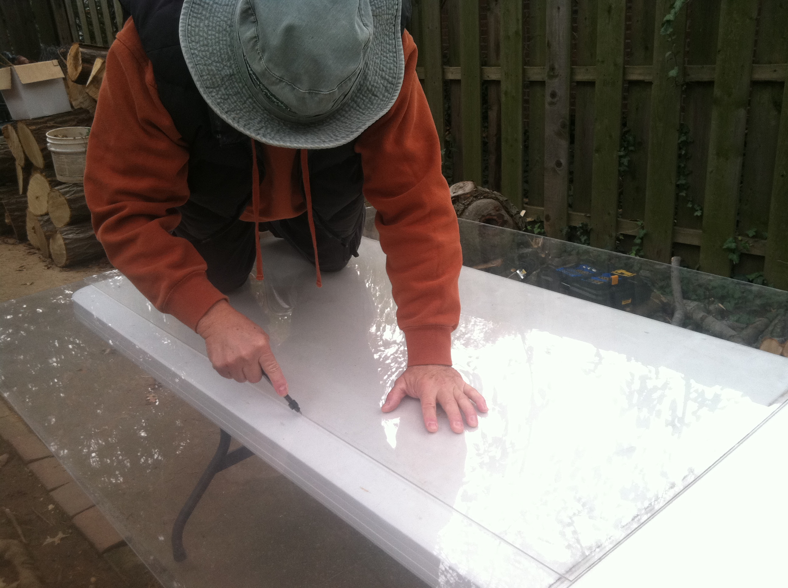 Building A Cold Frame Cutting Plexiglass Sheets The Raíces