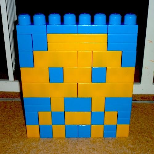 Space Invaders (2) in Megabloks