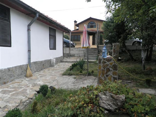 For sale renovated bungalow few km from the beach