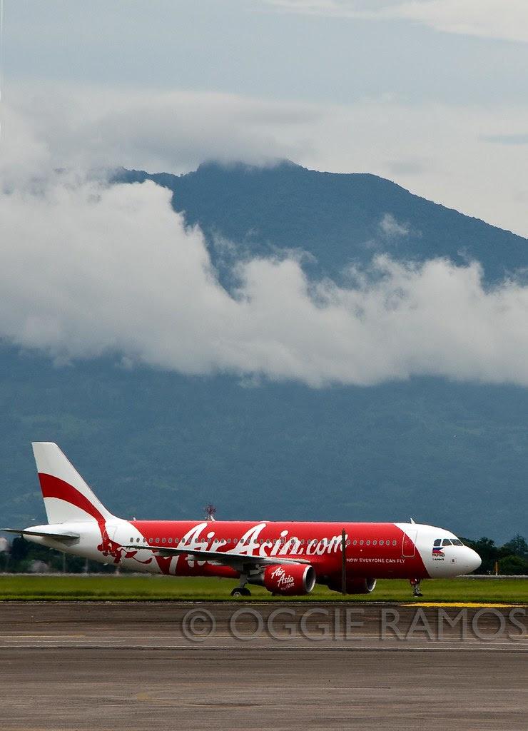AirAsia A320 and Arayat
