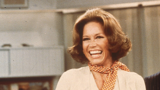 She Turned The World On With Her Smile: Mary Tyler Moore Dies At 80