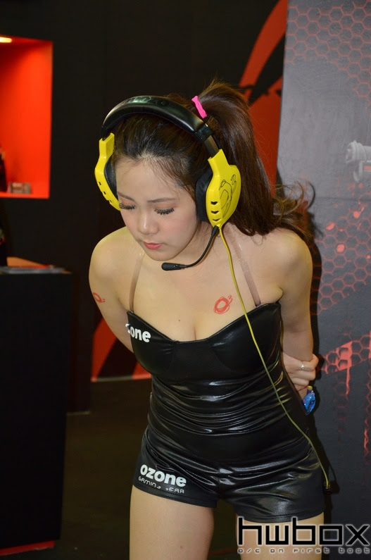 Booth Babes Computex 2014 (98)