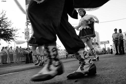 Carnaval de la Florida by Alejandro Bonilla