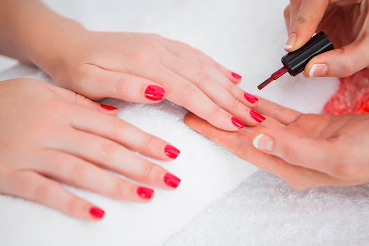 Methyl Methacrylate in Nail Salons: What You Need to Know | Reader's Digest