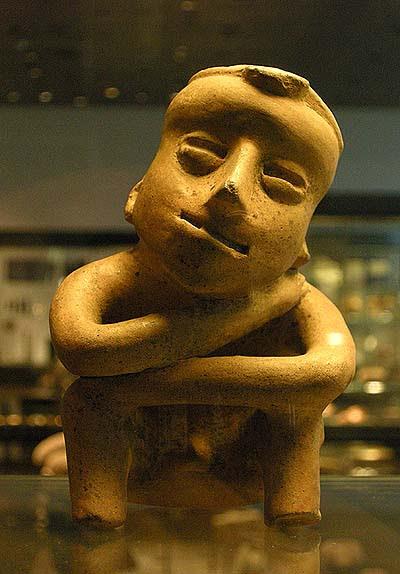 Berlin, Dahlem Museum, mezoamerikai férfi-szobor